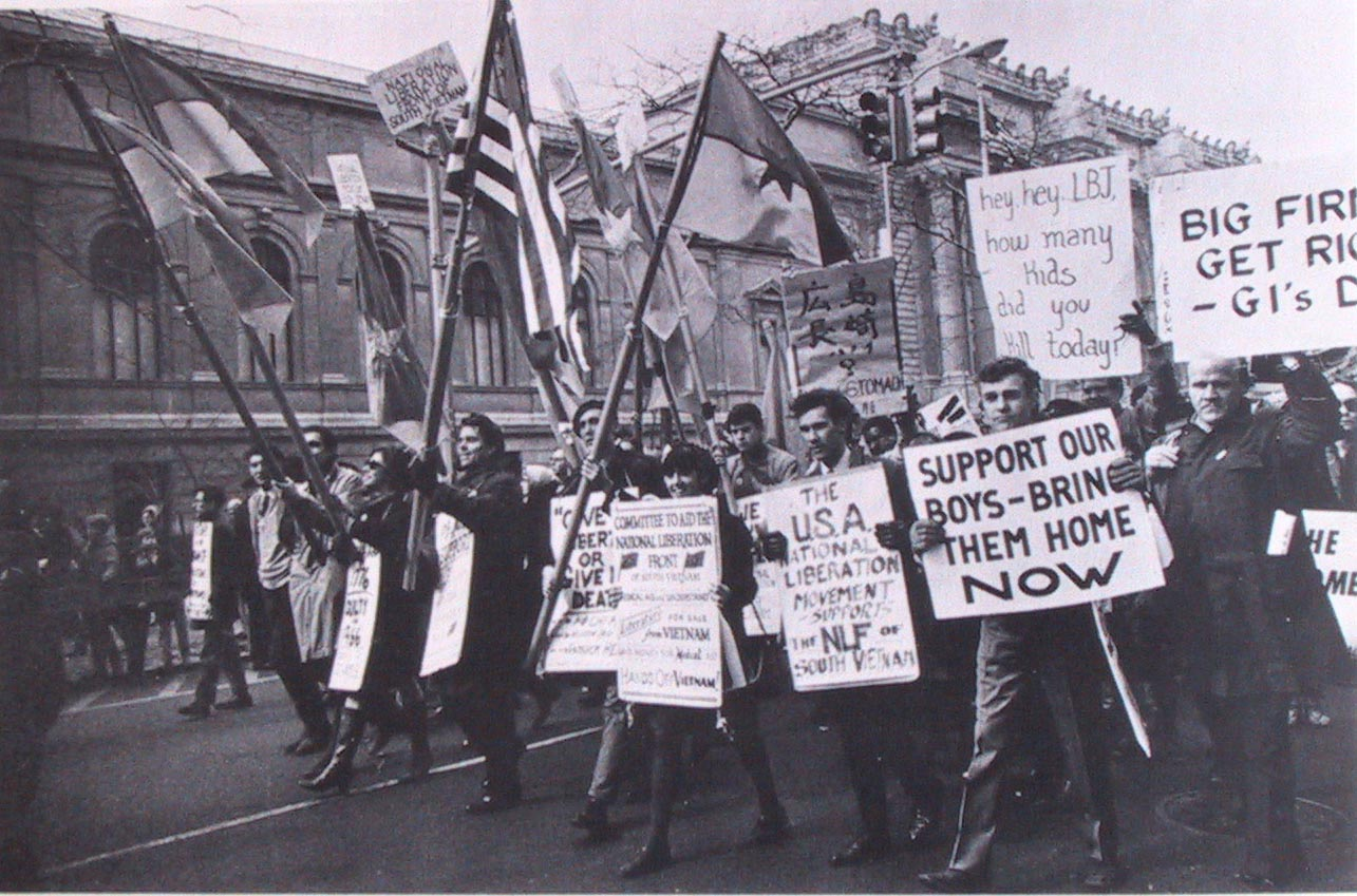 anti-war movement vietnam essays The majority of the student body remained in favor of us policy in vietnam, as  did the  when antiwar student groups staged protests in chapel hill, there were .