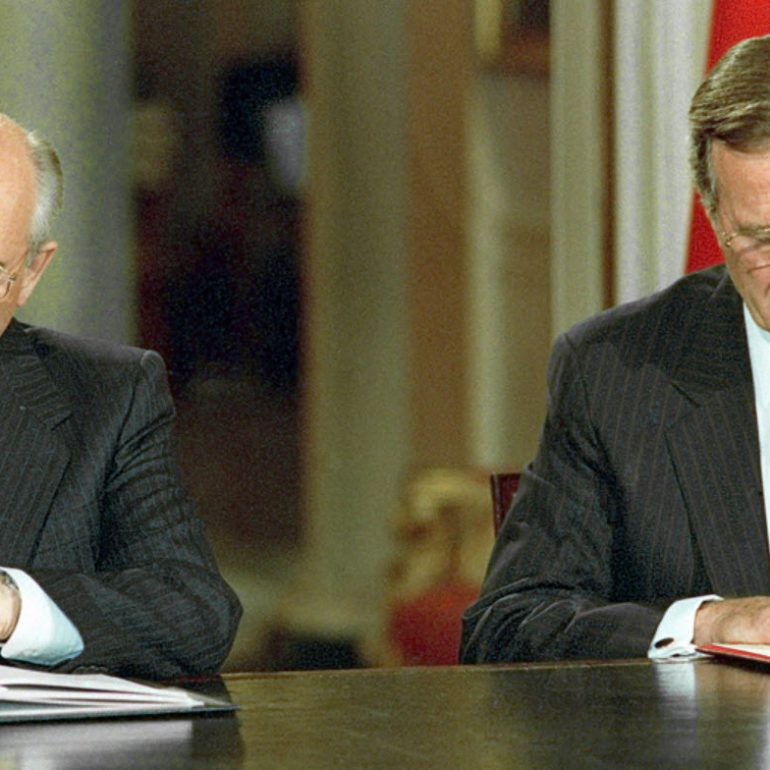 Gorbachev's Response to the US Nuclear Initiative: Implications for Soviet Strategic Offensive Forces, 31 October 1991