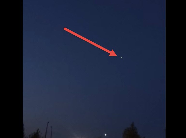 UFO Seen over Fairbanks, Alaska on May 13, 2016