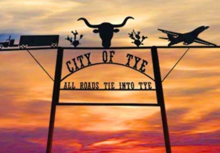 UFO over Tye, Texas – February 15, 2018